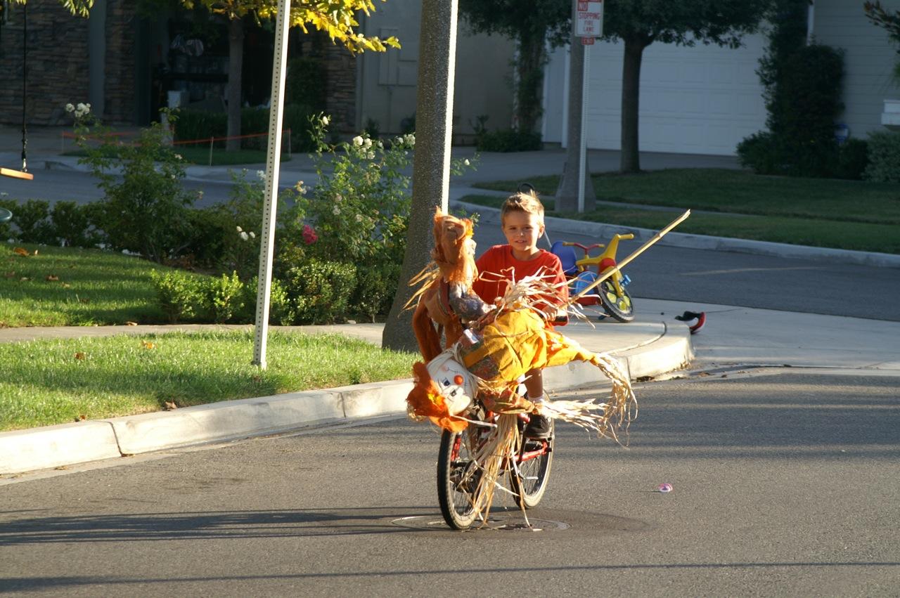 scarecrows go for a ride
