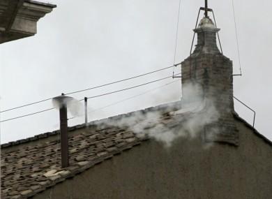 white-smoke-conclave-sistine-chapel-390x285